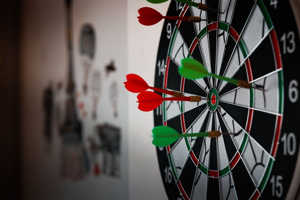 Why Businesses Benefit from Facebook Groups darts
